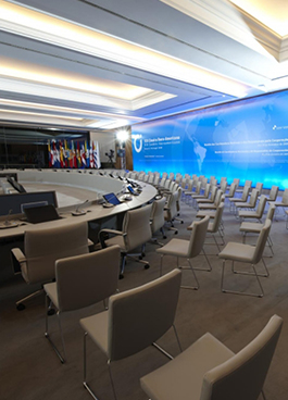 Cimeira Ibero Americana lisboa julcar mobiliario